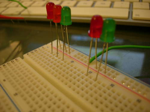Making a set of traffic lights Using Arduino