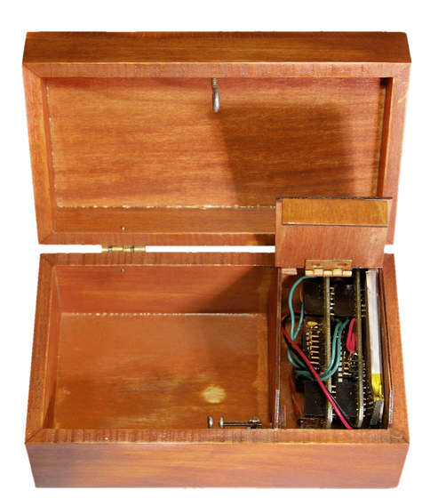 Box with a Music Lock using ATMega328P Microcontroller
