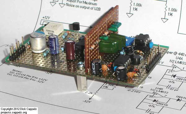 MAX038-Based Sweep/Function Generator With Markers using AVR ATtiny2313 microcontroller