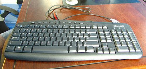 PS2 Keyboard Interface with AVR MCU using ATmega8 microcontroller