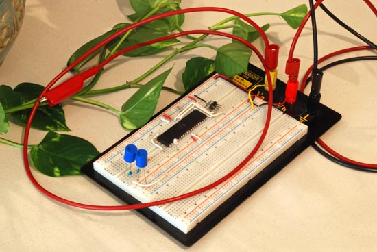 Digital oscilloscope GLCD using Atmega32 microcontroller