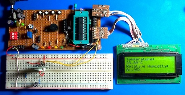 Atmega8 measures ambient temperature and relative humidity using HSM-20G sensor
