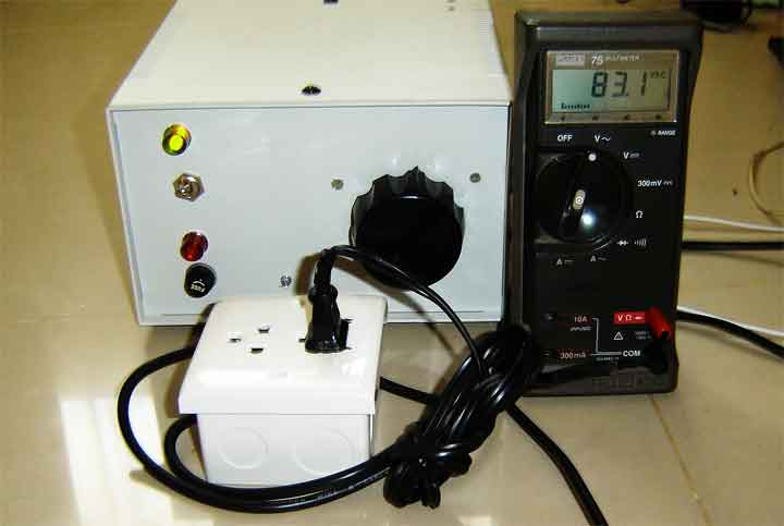 An Isolated Adjustable Auto transformer using microcontroller