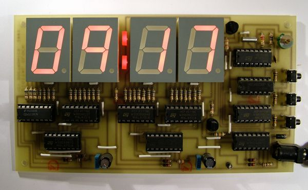 Wall of Pong using ATmega32 microcontroller