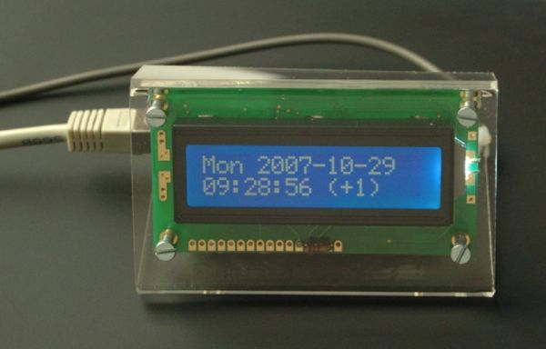 The Tuxgraphics AVR NTP clock using ATmega168