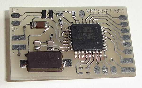 Printed circuit board 'Multiuse tiny1' using ATmega8