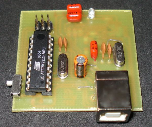USB AVR in-system Programmer using ATtiny2313