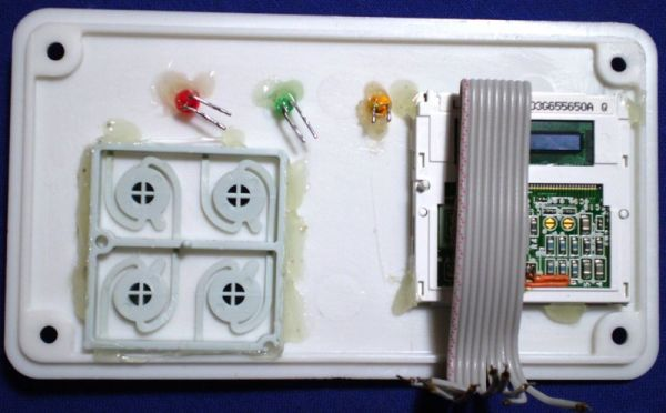 Room thermostat with colour LCD
