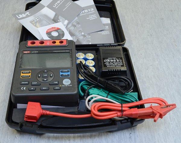 UT513 - set up a timer, apply 5000V, measure, transfer to PC ...