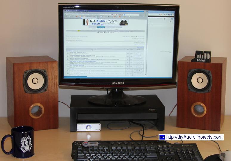 Bass Reflex Bookshelf Speakers