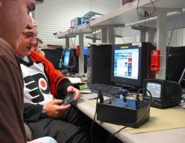 Cornell Hockey Using Atmel Mega32