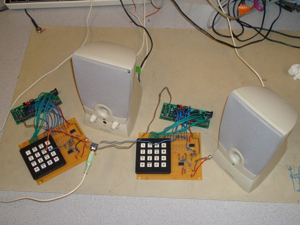 Dueling Banjos Using Atmega32