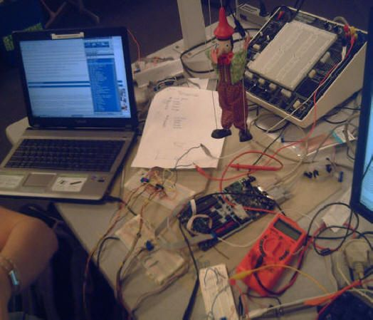 Music-controlled Puppet Using Atmega32