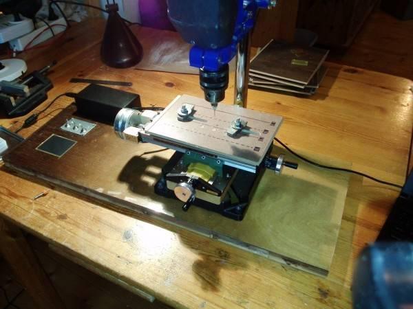 (semi) Automated drill press table for PCB manufacture