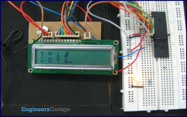 Display custom characters on LCD using AVR Microcontroller (ATmega16)
