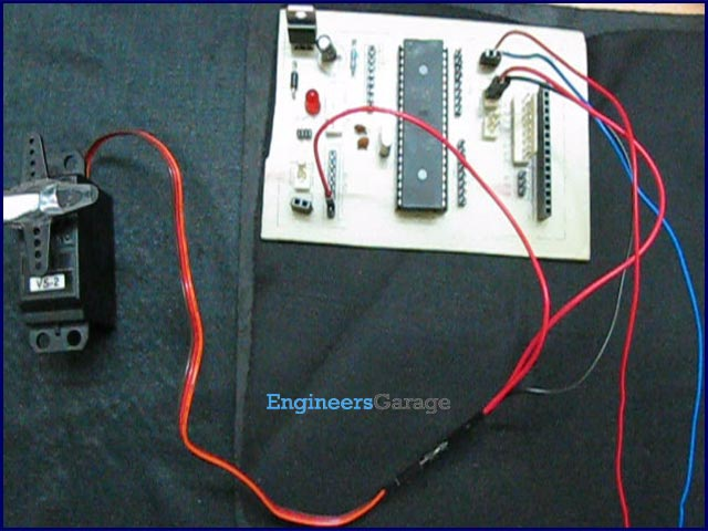 How to interface Servo Motor with AVR Microcontroller (ATmega16)
