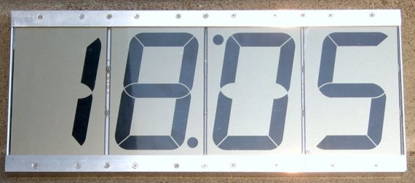 lcd-clock-with-4-display