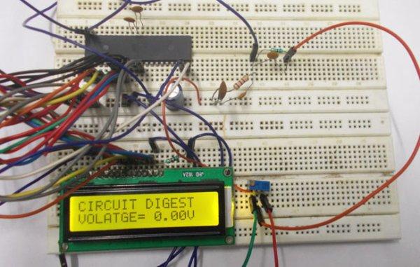 0-25V Digital Voltmeter using AVR Microcontroller