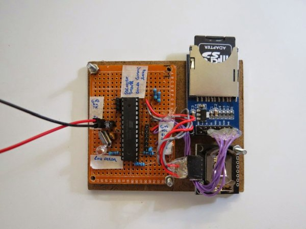 A simple Sound Pressure Level Meter (SPL) dB audio meter using AVR ATmega