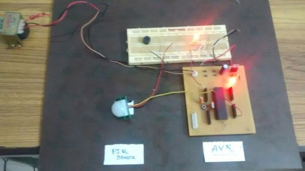 PIR motion sensor interface with AVR-microcontroller ATMEGA32