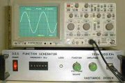 AT90S1200 D.D.S. FUNCTION GENERATOR