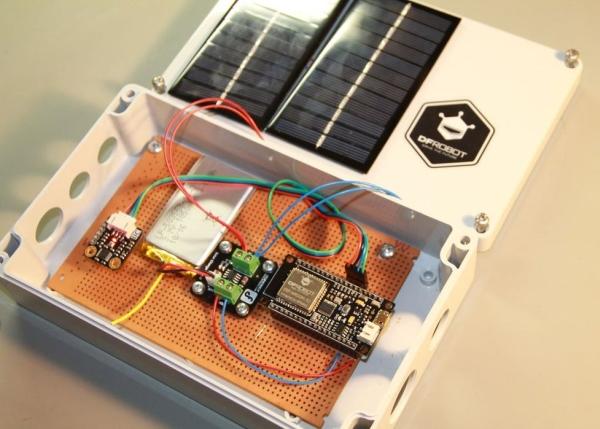 ESP32-Solar-Weather-Station